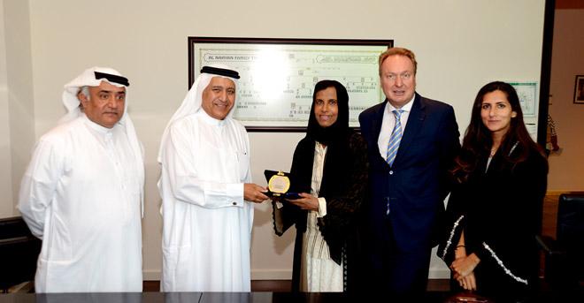 اتفاقية تعاون بين جامعة السوربون  أبوظبي وكلية آل مكتوم للتعليم العالي بإسكتلندا