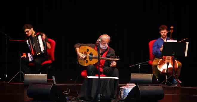 الفنان مارسيل خليفة يلتقي مع محبيه في أمسية غنائية على مسرح جامعة السوربون أبوظبي